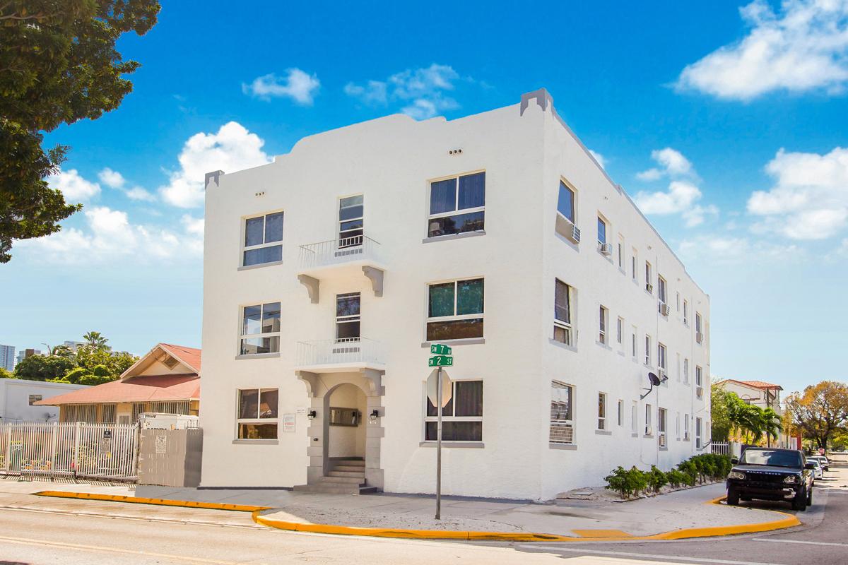 676-sw-2-street-Miami-.jpg